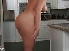 Sex Toy nude tube - hot mom porn